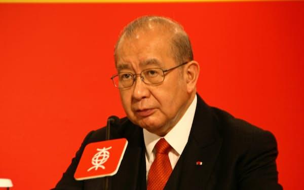 東亜銀行の李会長兼CEOは積極的に中国展開をしてきたが…