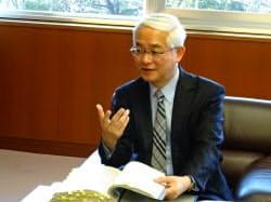 インタビューに応える徳山日出男・国土交通事務次官(東京・霞が関)