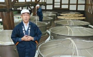 「佐浦」の佐浦社長は、生産維持に手を打っていた(宮城県塩釜市)