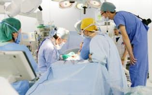 名古屋大学病院(名古屋市)の胆管がん手術。難しい手術は20時間に及ぶこともある