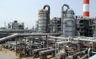 エチレンの生産設備は高稼働が続いている(千葉県にある三井化学の市原工場)