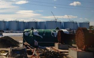 汚染水や処理済みの水を蓄えるタンクは増え続けている(日本科学技術ジャーナリスト会議提供)