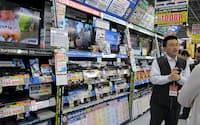 ブルーレイレコーダーは大手メーカーが新製品を相次ぎ投入した(東京都千代田区のヨドバシカメラマルチメディアAkiba)