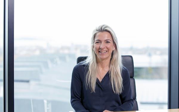 Kate Fox  2001年英エディンバラ大卒。02年ベイリー・ギフォード入社。英国を含む欧州中小型株の運用を長く担当し、17年からポジティブ・チェンジ戦略チームを統括。20年5月、同社パートナーに就任。