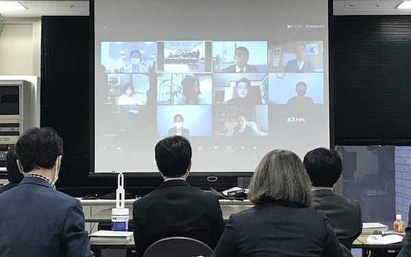 京都市は8日、景観審査会を開きホテル計画などについて協議した