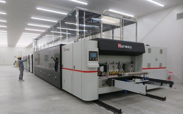 新工場に設置された6色刷りデジタル印刷機