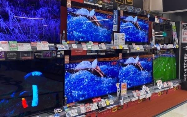 テレビは55型などが好調(都内の家電量販店)