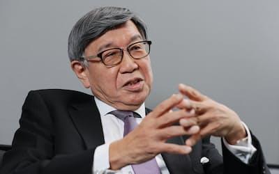インタビューに応じる田中達郎 シティグループ・ジャパン会長