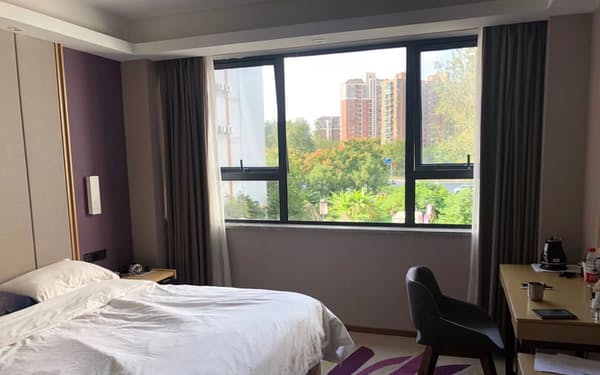 隔離期間中はホテルの部屋から出ることができない(10月、上海市、隔離経験者提供)