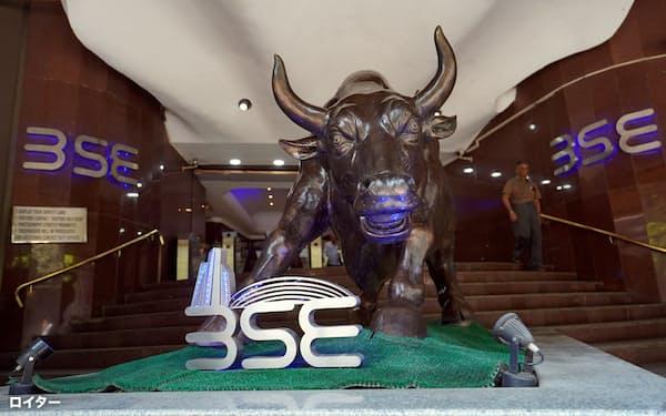 ムンバイ証券取引所(BSE)のSENSEX指数は11月中旬以来高値更新を続けている。