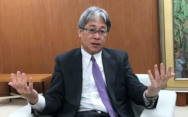 「顧客のニーズを把握しながら問題を解決する力をつけていく」と話す吉村会長グループCEO