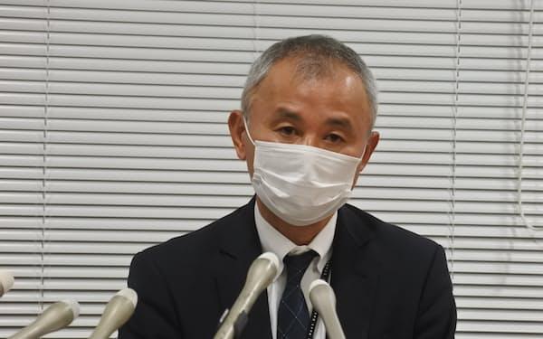白水社長は大型増資について「コロナ禍でいたんだ経営基盤の強化に必要」と述べた(25日、北九州市)