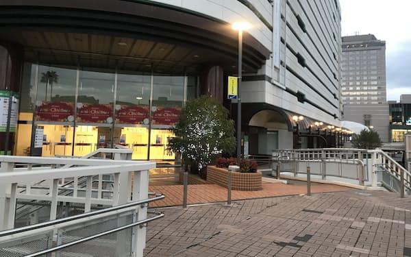 そごう徳島店が撤退したJR徳島駅前のビル