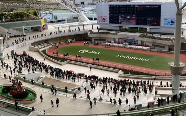 限定入場ながら、人が戻ってきた20年12月の阪神のパドック