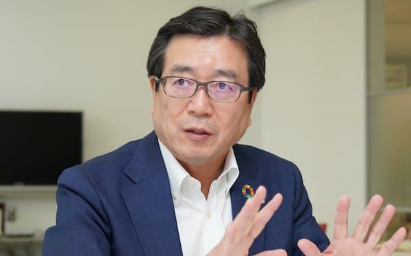 カルビー 伊藤秀二社長