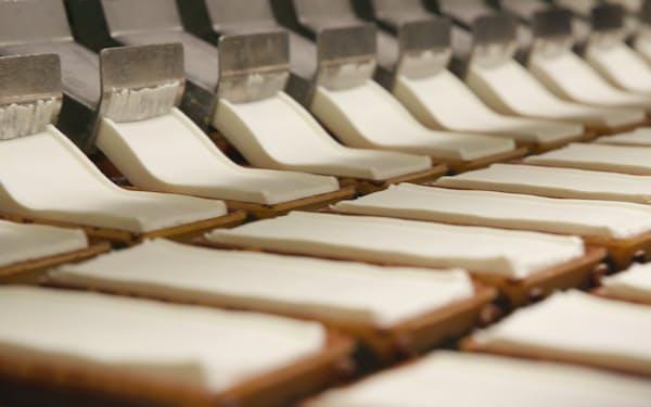 「チョコモナカジャンボ」は気象データで生産量を最適化する