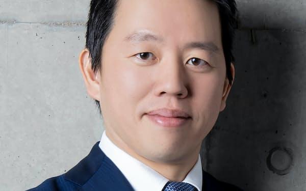 インタビューに答える、ジャパネットHDの高田旭人社長兼CEO