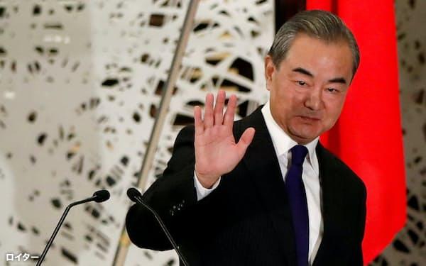 中国の王毅(ワン・イー)国務委員兼外相(2020年11月24日、東京)=ロイター