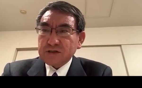 河野氏は8日の記者会見はオンラインで実施し、東京・赤坂の衆院議員宿舎から参加した