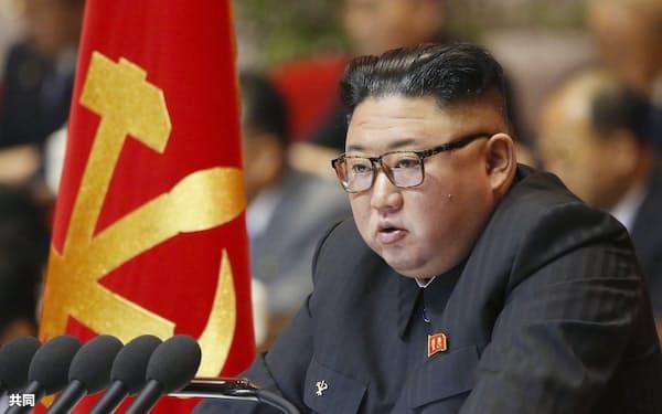 北朝鮮の朝鮮労働党大会で演説する金正恩党委員長(6日、平壌)=朝鮮中央通信・共同