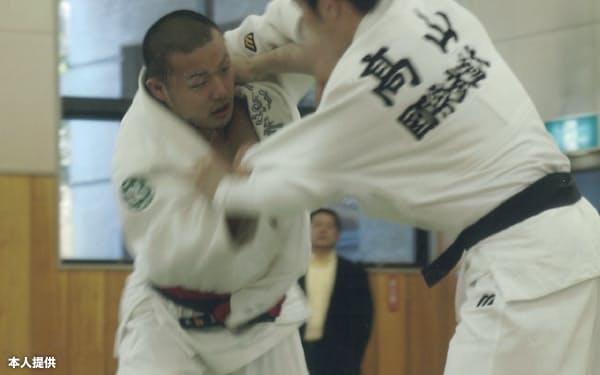 日本柔道を科学の力で支える石井孝法は現役時代から考える柔道を貫いてきた=本人提供