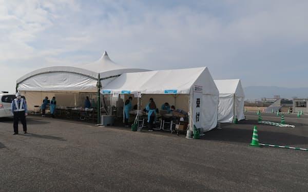 広島県は広島市の約80万人を対象に無料のPCR検査を始める(広島市西区のPCRセンター)