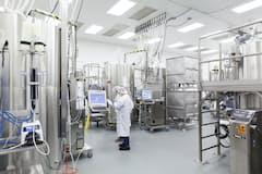 医薬の生産受託は生産能力の増強で大口の新規受注を目指す