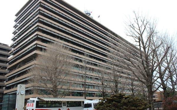 熊本県庁(熊本市)