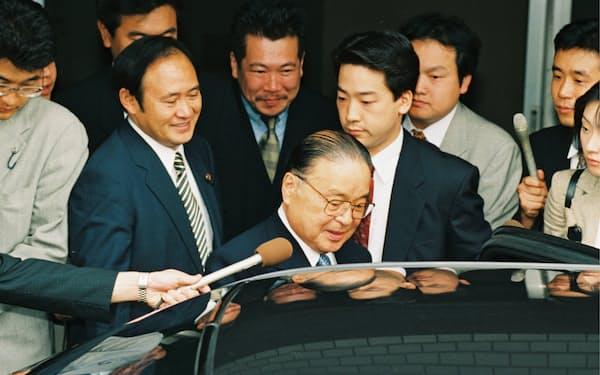 梶山静六」のニュース一覧: 日本経済新聞
