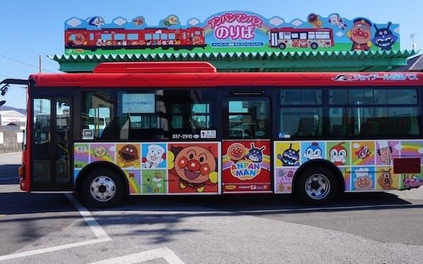 ユーグレナは18日、JR四国バスの路線バス向けにバイオ燃料の販売を始めたと発表