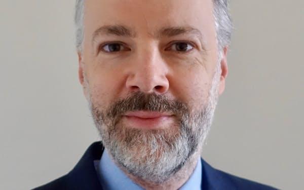 William Bratton 英ケンブリッジ大学博士。経済地理学者。ドイツ銀行を経て英大手銀行のHSBCへ。企業や株式などの調査部門を中心に活動。中国やアジア経済に関する著書もある。