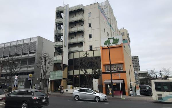 栃木県は感染者の急増を受け、ホテル丸治以外の宿泊療養施設の稼働を急ぐ