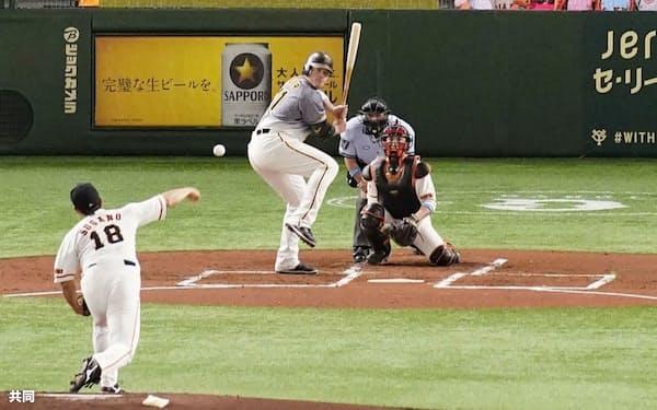 約3カ月遅れで開幕し、公式戦としては史上初の無観客試合で開催された巨人―阪神戦=6月19日、東京ドーム