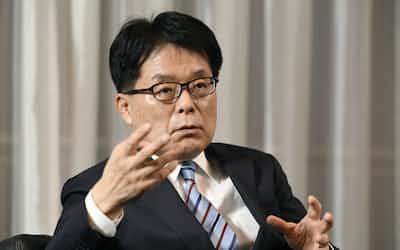 日本郵政の増田寛也社長。元最年少知事として地方に明るいのは歴代社長にない強み