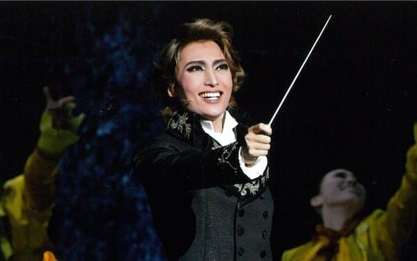 望海は苦境の中でも作曲に励むルートヴィヒを演じた