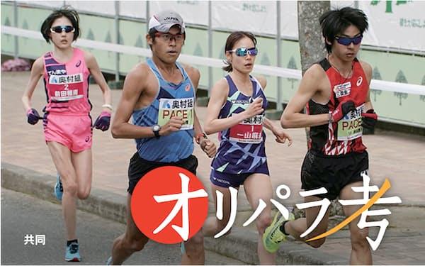 大阪国際女子マラソンでは男子ランナーの川内(左から2人目)らがペースメーカーを務めた