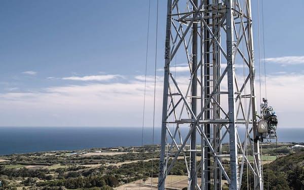 ソフトバンクの携帯基地局。新施工導入で基地局整備を急ぐ