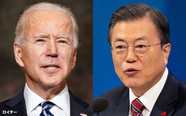 電話協議したバイデン米大統領㊧と韓国の文在寅大統領=ロイター