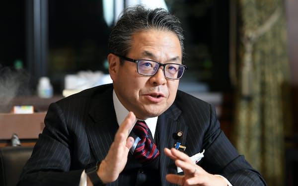 世耕弘成 参院自民党幹事長