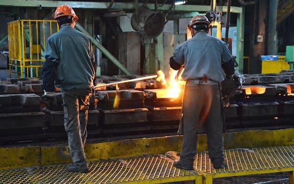 素材から作り込む(江蘇省昆山の富士和機械の鋳造工場)