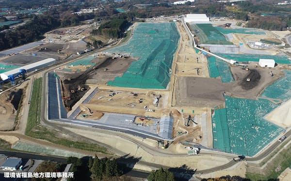 福島県大熊町の中間貯蔵施設。2021年度に土壌の搬入をおおむね終える
