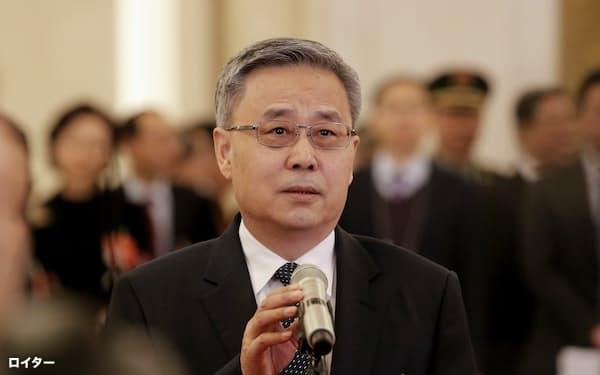 中国銀行保険監督管理委員会の郭樹清主席=ロイター