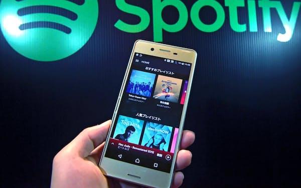 音楽市場全体の6割を配信サービスが占める