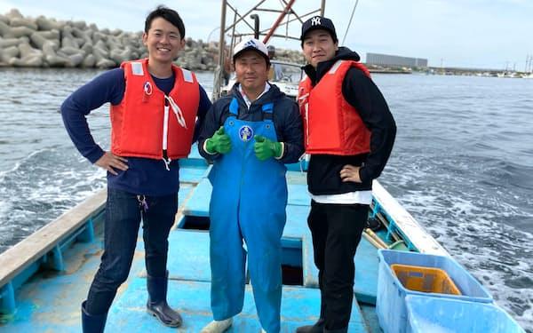 井口社長㊧は水産業の課題解決の方法を考えている