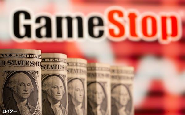 ゲームストップ株を巡る騒動の教訓は、株価に左右される経済がいかに脆弱かを示したことだと筆者は指摘する=ロイター