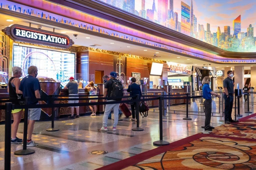 MGMのIR施設では、来場客同士のソーシャルディスタンスを徹底するなどして感染症対策を施す
