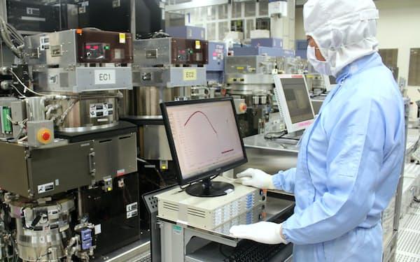 生産を再開する動きも出てきた(ルネサスの那珂工場、茨城県ひたちなか市、写真は工場停止前)