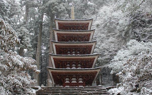 雪化粧となった室生寺の五重塔(2月17日撮影)