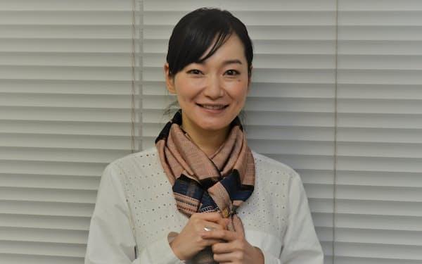 奄美大島の島唄歌手の里アンナさん