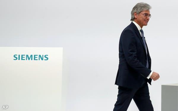 ジョー・ケーザー氏は歴代最高株価を置き土産にシーメンス社長を退任した(2月3日、独ミュンヘン)=AP